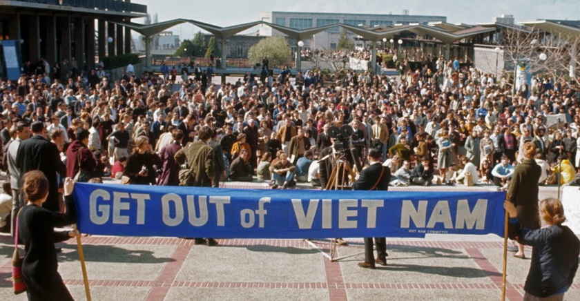 Demonstrations and protests against the Vietnam War (1)_调整大小
